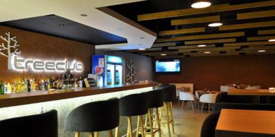 Ponuka práce – Reštaurácia Treeclub Bar & Restaurant v Smoleniciach